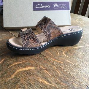 59ef666f2ed4 Clarks Shoes - Clarks 7.5 Delana Fenela Tan Leather Sandal